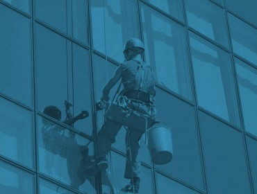How Could You Manage Cleaning The Commercial Windows?